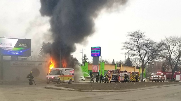 Fire at Goodwill store shuts down northbound Pembina Highway
