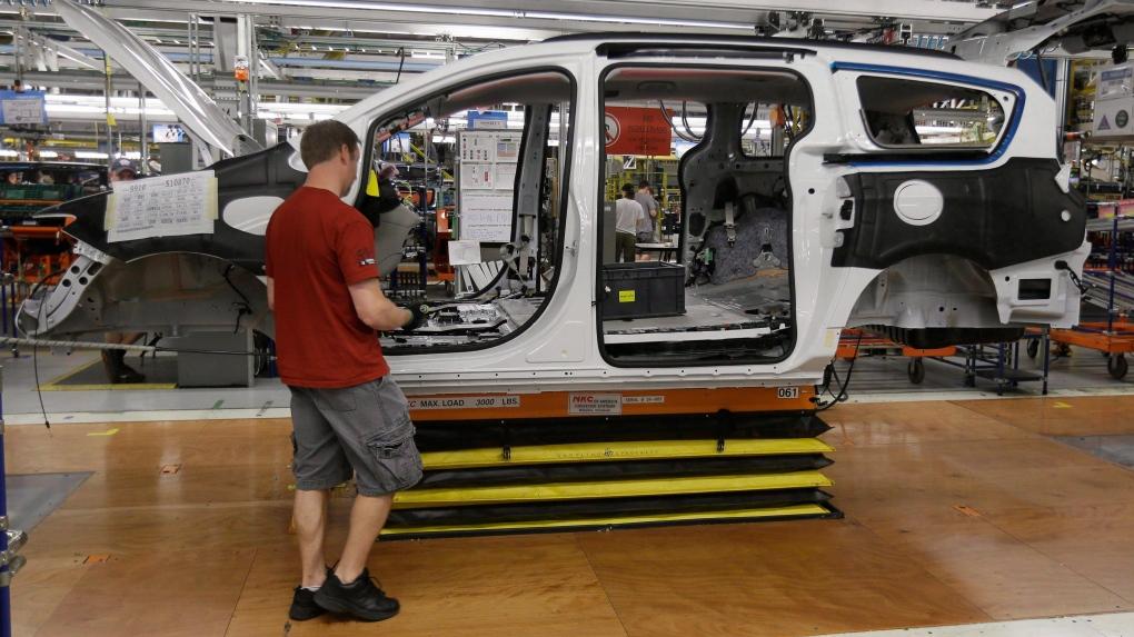Slumping minivan sales blamed for 1,500 job cuts at Windsor, Ont. plant