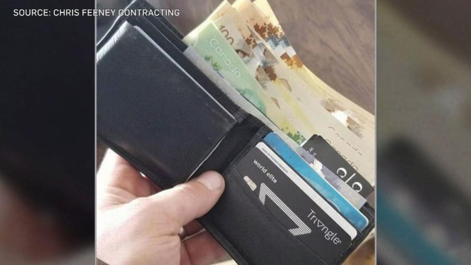 kitcheenr lost wallet