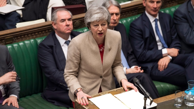 Theresa May sets deadline for Brexit compromise talks with Labour