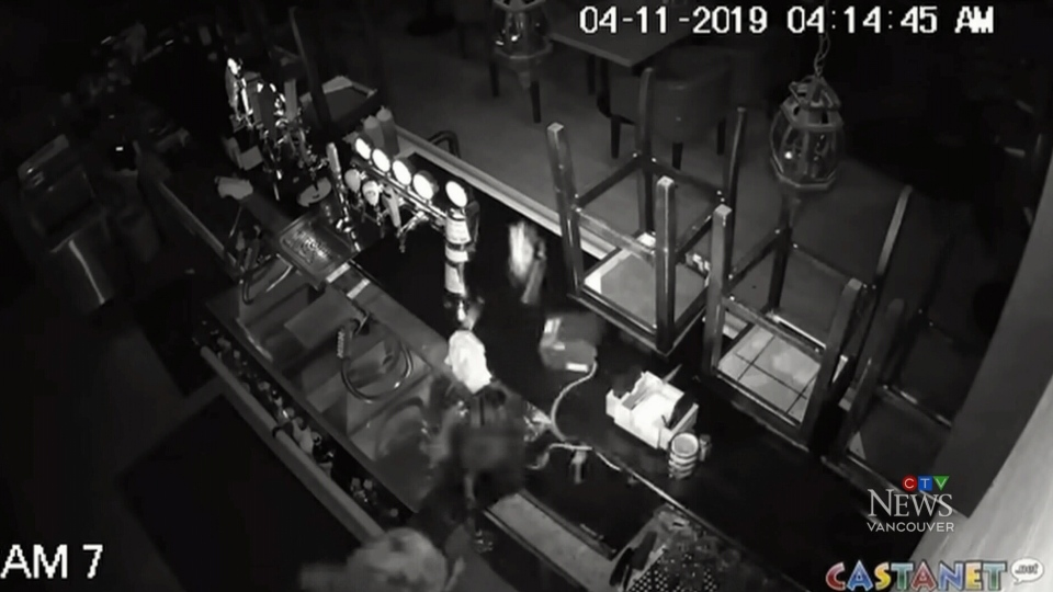 Security video shows what appears to be a break-in at at Tonics and Yamas in Kelowna. (Castanet)