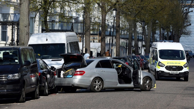 London police fire shots as vehicle rams Ukraine ambassador's auto