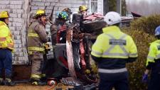 vehicle crashes into house