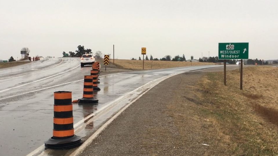 WB 401 closed at Col. Talbot near London Ont. on April 14, 2019. (Brent Lale)