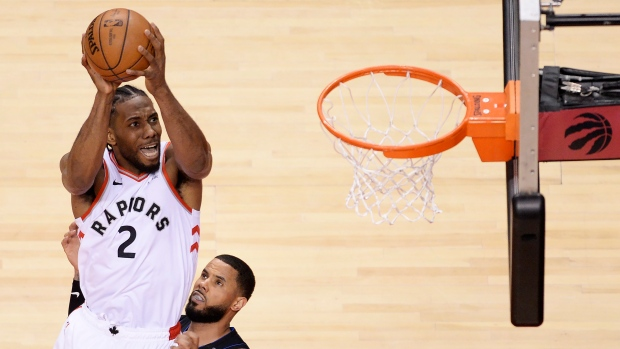 ecc8636b2 Toronto Raptors forward Kawhi Leonard