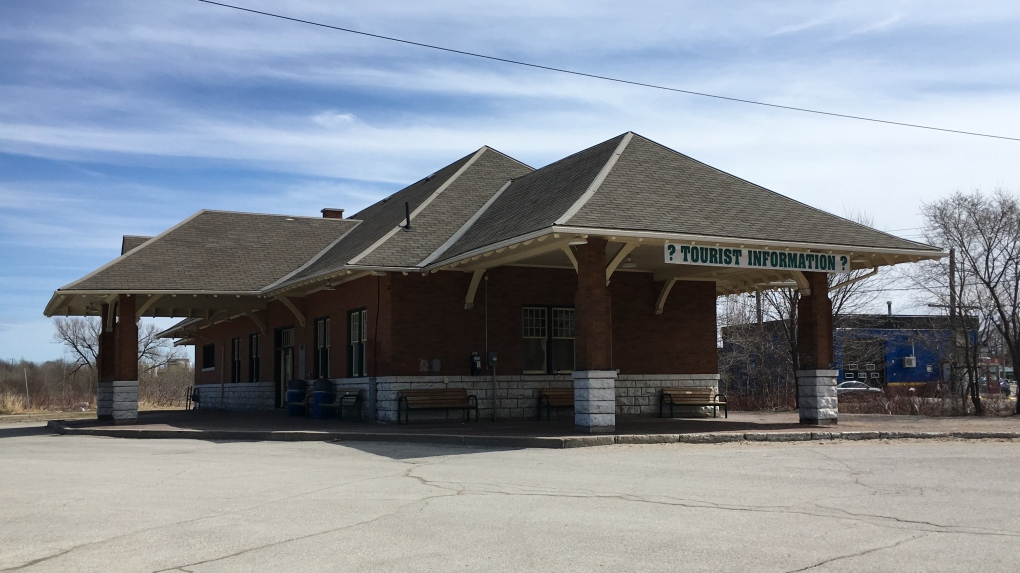 Orillia on track to sell old railway station