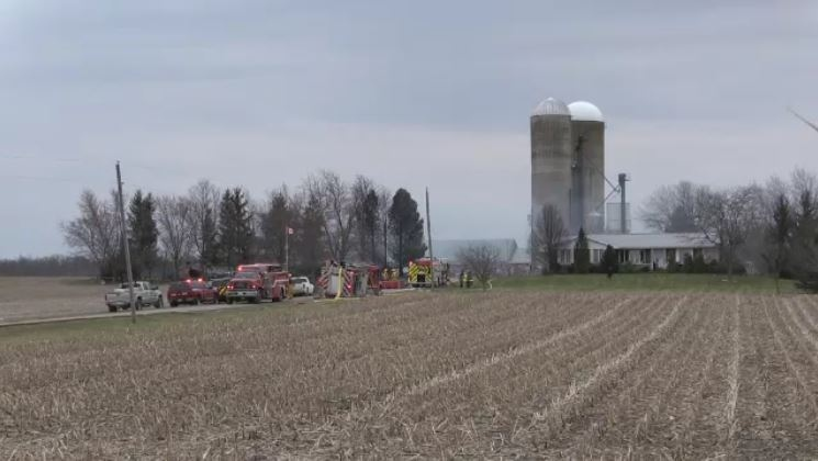 Smoke continues to rise after a barn was destroyed by fire near Strathroy, Ont. on Wednesday, April 17, 2019.