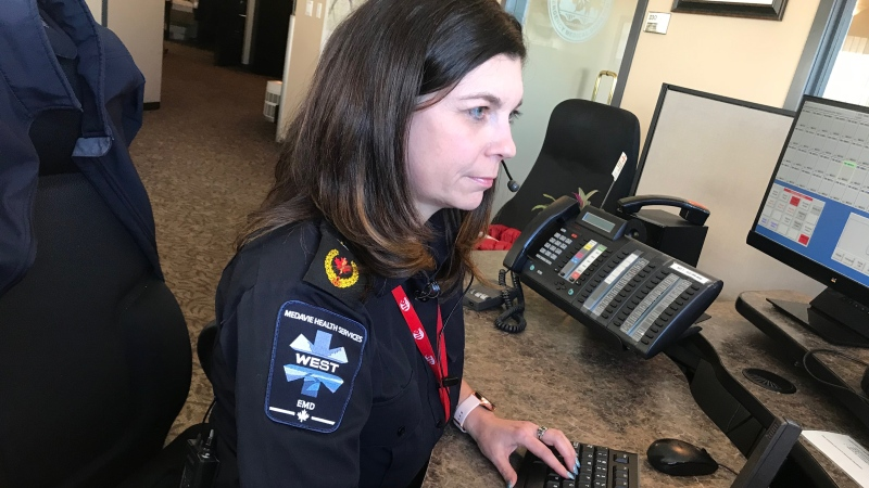 A Saskatoon emergency dispatcher is pictured. (File)