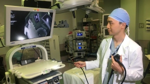 Dr. Chuck Wen shows off a Per Oral Endoscopic Myotomy (POEM) machine on April 17, 2019. (CTV News Vancouver)