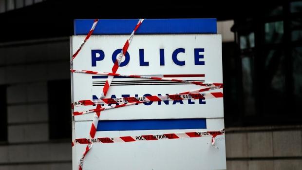 France police suicides