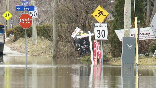 Homes evacuated in Gatineau
