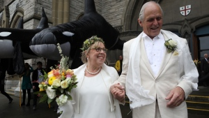 Green Party Leader Elizabeth May gets married