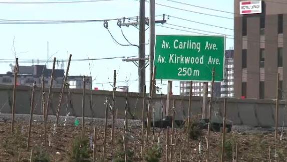 Carling Avenue off-ramp