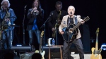 Paul Simon performs in Vancouver, B.C. on May 16, 2018. (Jimmy Jeong / THE CANADIAN PRESS)