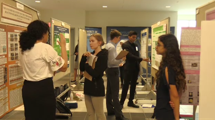 Students pitch health science research in national competition