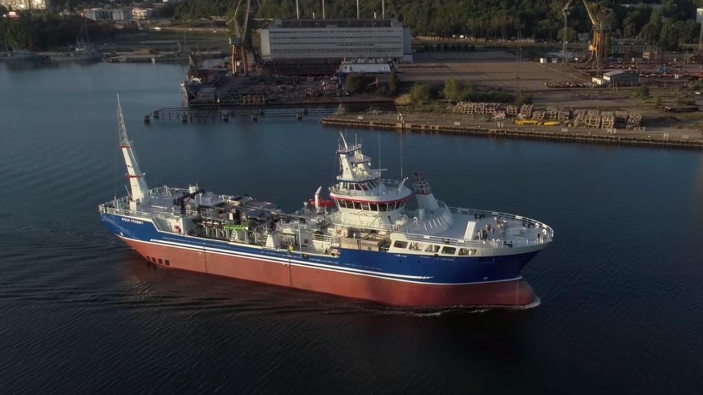 Aqua Tromoy sea lice washing ship
