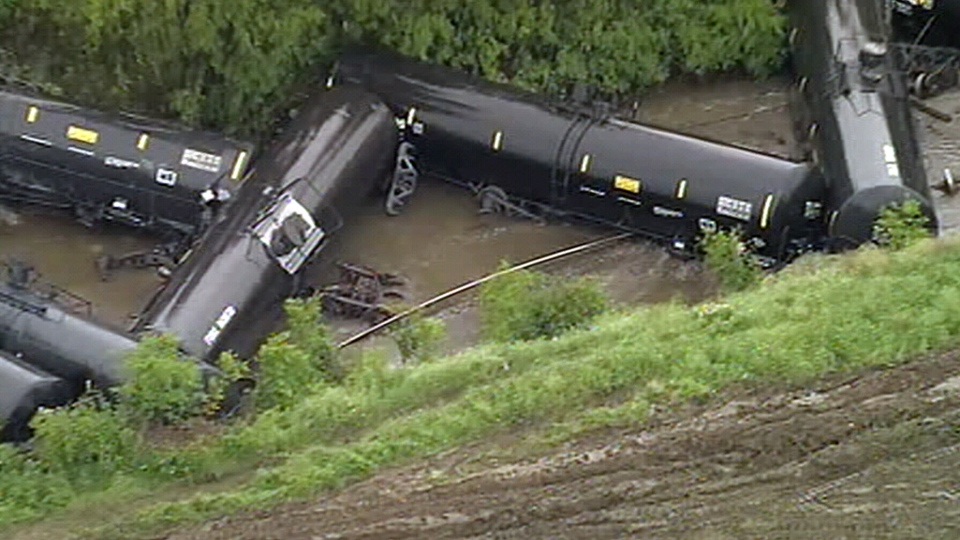 Train derailment in Fort Worth, Texas, Wednesday, April 24, 2019. (Source: ABC News)