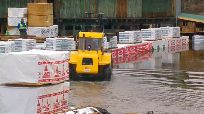 Residents in Bracebridge, Ont. are being asked to take measures to mitigate flood waters on April 24, 2019.