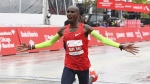 Mo Farah finishing in first place during the Bank of America Chicago Marathon, on Oct. 7, 2018. (Matt Marton / AP)