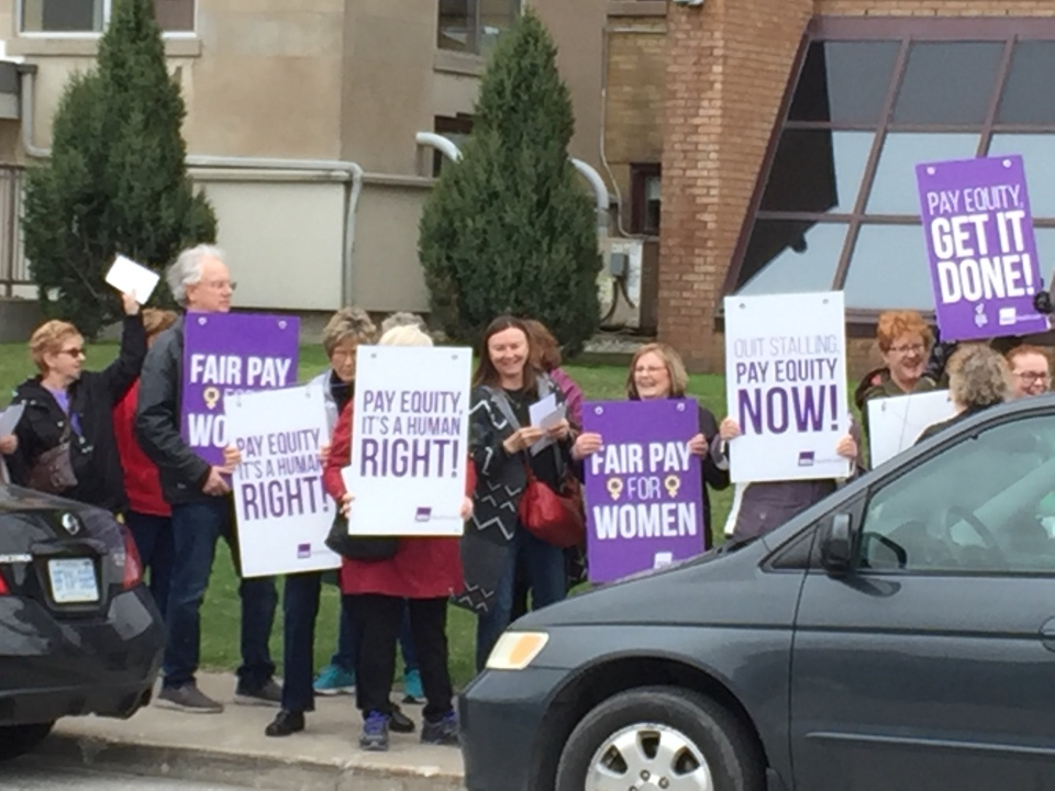 Unionized employees at Bluewater Health picket