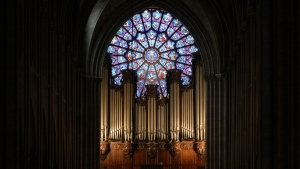 The grand organ of Notre-Dame, dating back to the beginning of the 18th century, has been renovated and expanded on numerous occasions. (STEPHANE DE SAKUTIN / AFP)