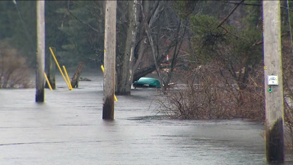 Residents in Bracebridge, Ont. are struggling to stay above water as heavy rainfall hits Ontario cottage country on April 26, 2019.