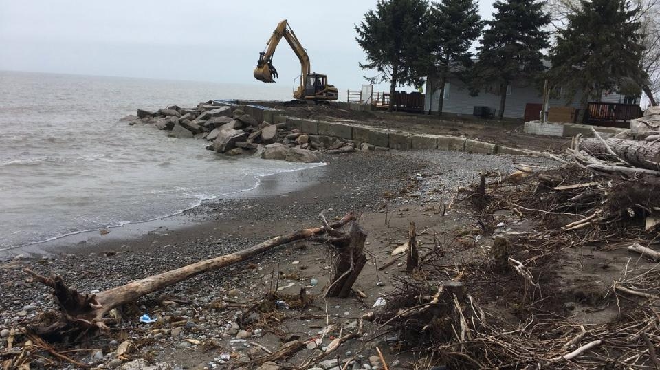 Leamington shoreline April 2019