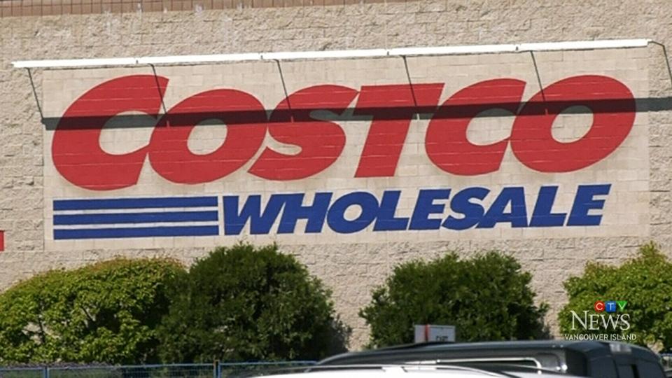 Chaos at Costco as woman wields machete