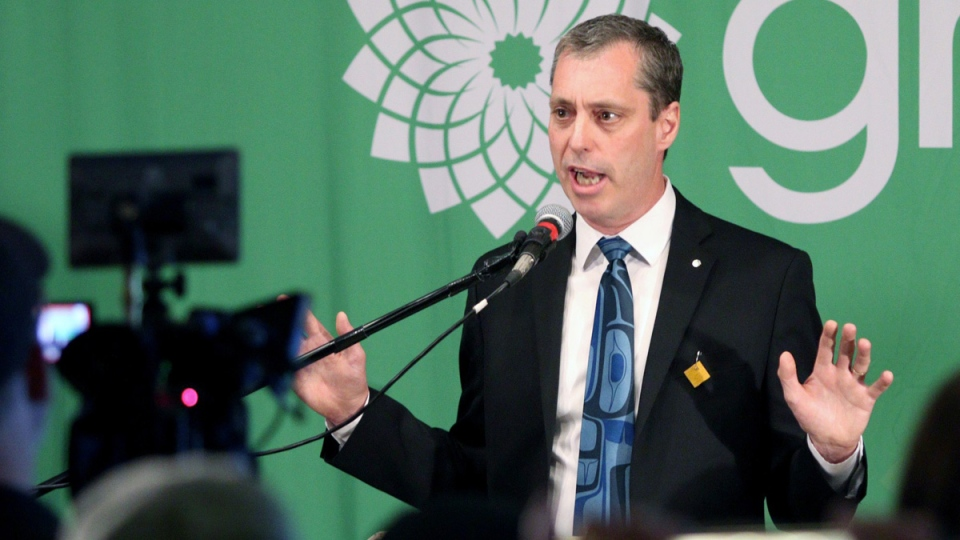 Green Party's Paul Manly delivers a speech in Nanaimo, B.C., on May 6, 2019. (Chad Hipolito / THE CANADIAN PRESS)