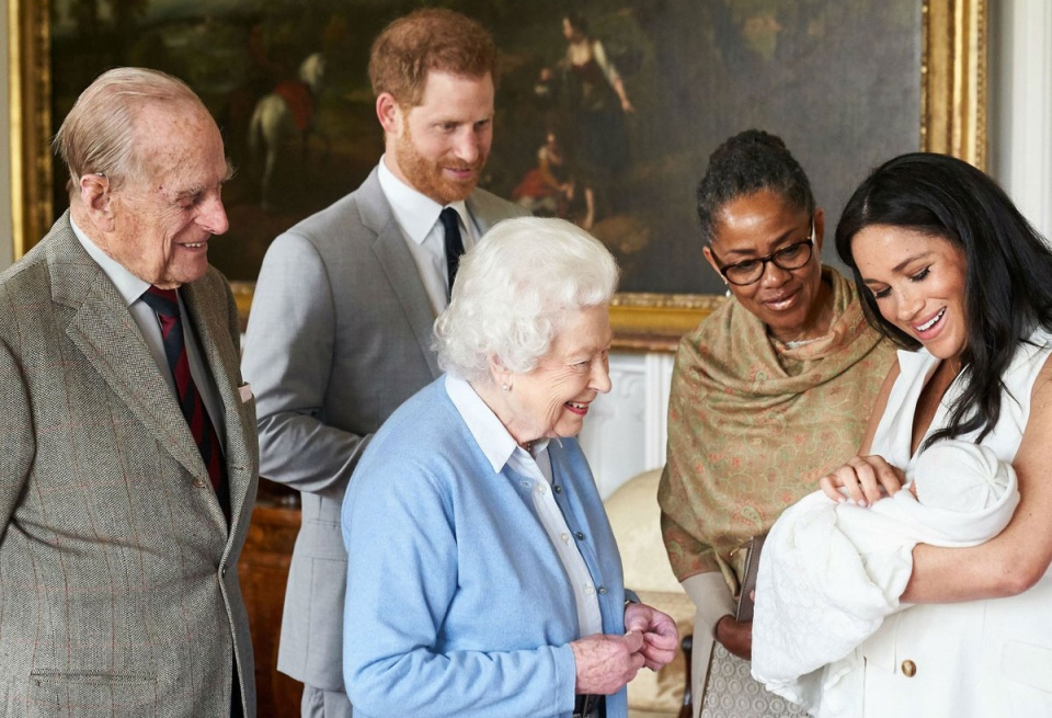 The Queen and Prince Philip meet the newest member of the royal family. (Sussex Royal)