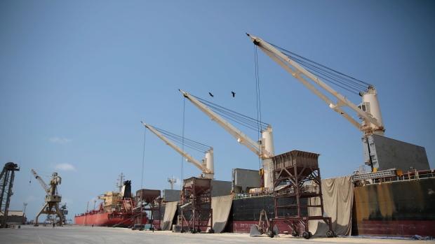 Houthi rebels begin withdrawal from key ports in Yemen   CTV News