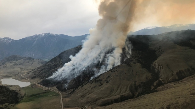 Wildfire burning west of Osoyoos