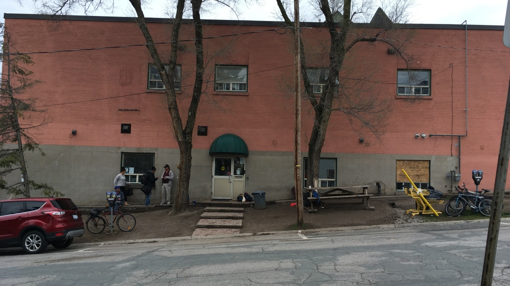 Barrie councillors on the fence over Busby centre issue
