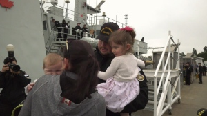 An emotional homecoming as HMCS Whitehorse and HMCS Yellowknife return to port on May 16, 2019. (CTV Vancouver Island)