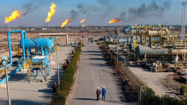 ExxonMobil employees evacuating oil field in southern Iraq
