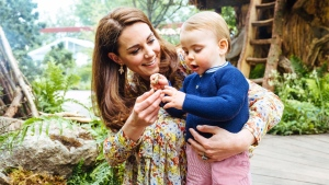 Kensington Palace has released a series of heartwarming new photos of the Duke and Duchess of Cambridge and their children celebrating the opening of the Chelsea Flower Show. (Matt Porteous)