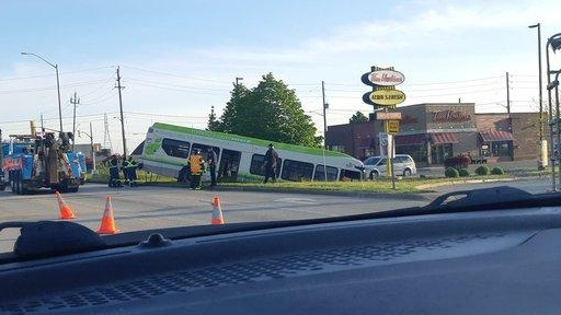 Tow Truck Saskatoon >> Transit Windsor bus hits ditch on Central Avenue | CTV ...
