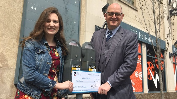City of Windsor reaches 100,000 users on parking app