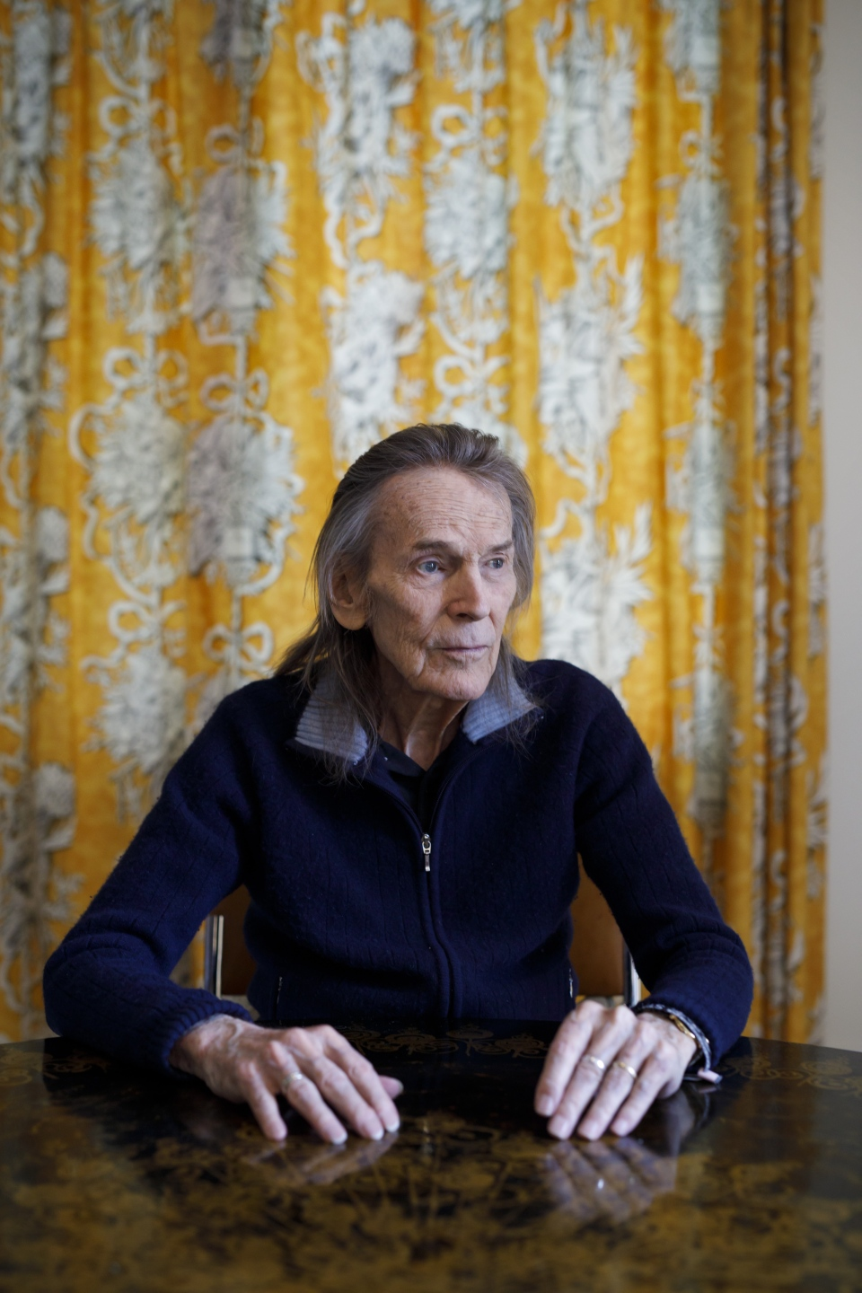 Canadian musician Gordon Lightfoot in his Toronto home on Thursday, April 25, 2019. THE CANADIAN PRESS/Cole Burston