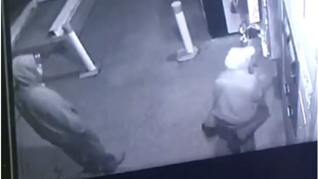 Suspects wanted in connection with Midland car wash robberies. (Southern Georgian Bay OPP)