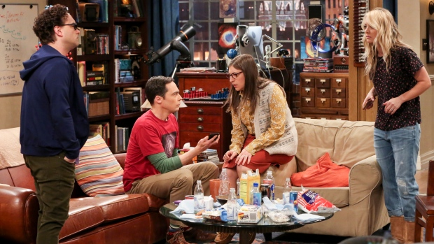 "This image released by CBS shows, from left, Johnny Galecki, Jim Parsons, Mayim Bialik and Kaley Cuoco in a scene from the series finale of ""The Big Bang Theory,"" airing on Thursday. (Michael Yarish/CBs via AP)"