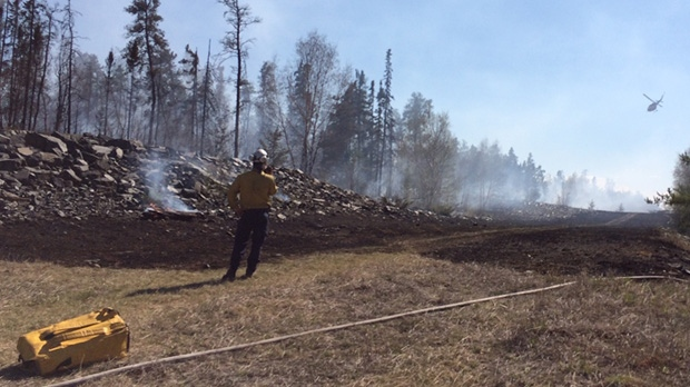 Two fires threaten Manitoba communities over May long weekend