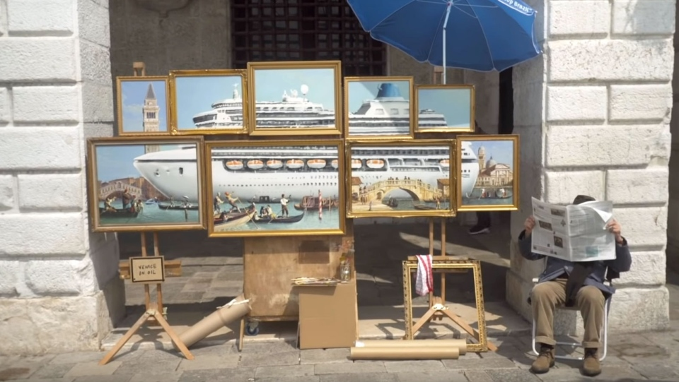 The unauthorized Banksy installation at the 2019 Venice Biennale (Banksyfilm on Youtube)