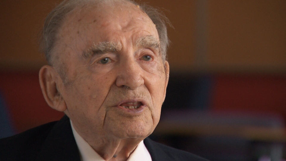 94-year-old Canadian D-Day veteran Alex Polowin of Ottawa.