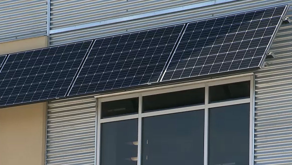 Solar power companies worried about rebate