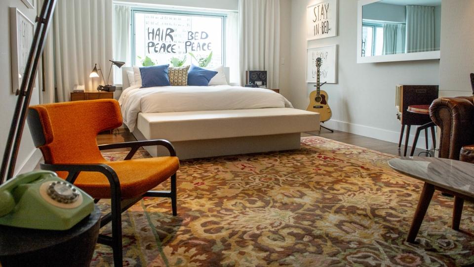 Room 1742 at the Queen Elizabeth Hotel in Montreal. (Sebastien St-Jean / AFP)
