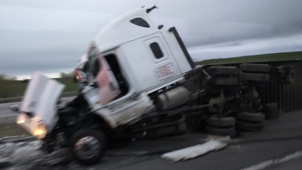 Westbound drivers on Trans-Canada warned of semi crash outside Calgary