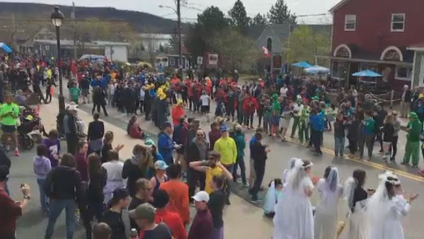 Cabot Trail Relay draws thousands of runners to Cape Breton