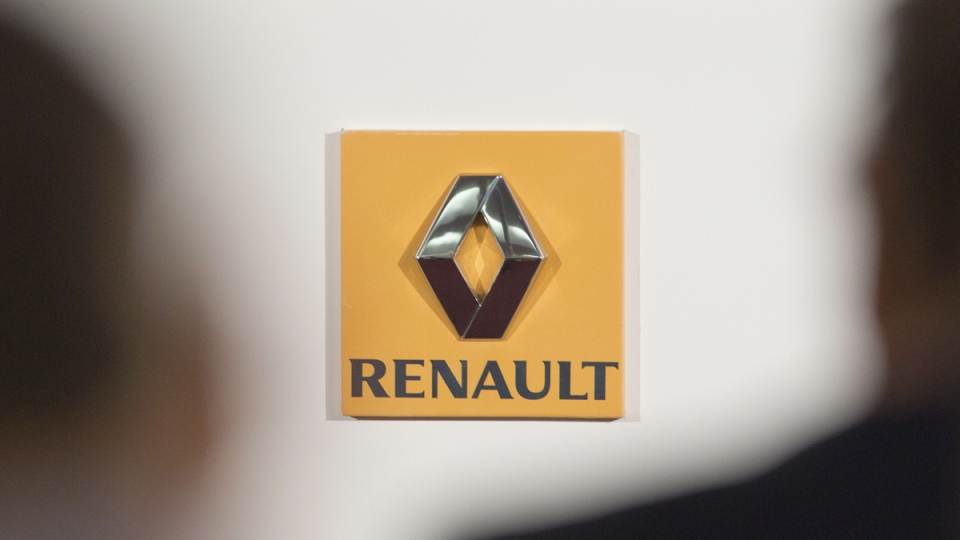 The logo of French car maker Renault is seen in this Feb. 12, 2015 file picture. (Jacques Brinon / AP)
