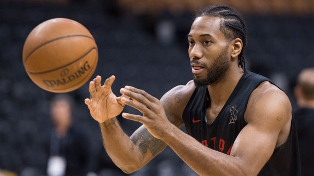 Toronto Raptors' Kawhi Leonard launches a pass during practice for the NBA Finals in Toronto on Wednesday, May 29, 2019. THE CANADIAN PRESS/Frank Gunn